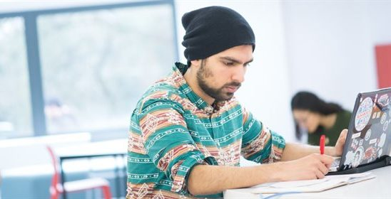 Creative Writing Services to Become a Master: Sample Online Courses to Sharpen Your Skills