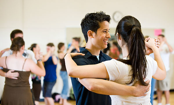 Are You Searching For The Best Beginner Dance Lessons?