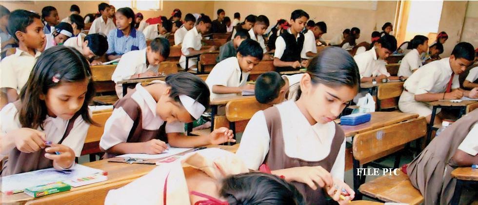 4 Tips To Score Well In Board Examinations